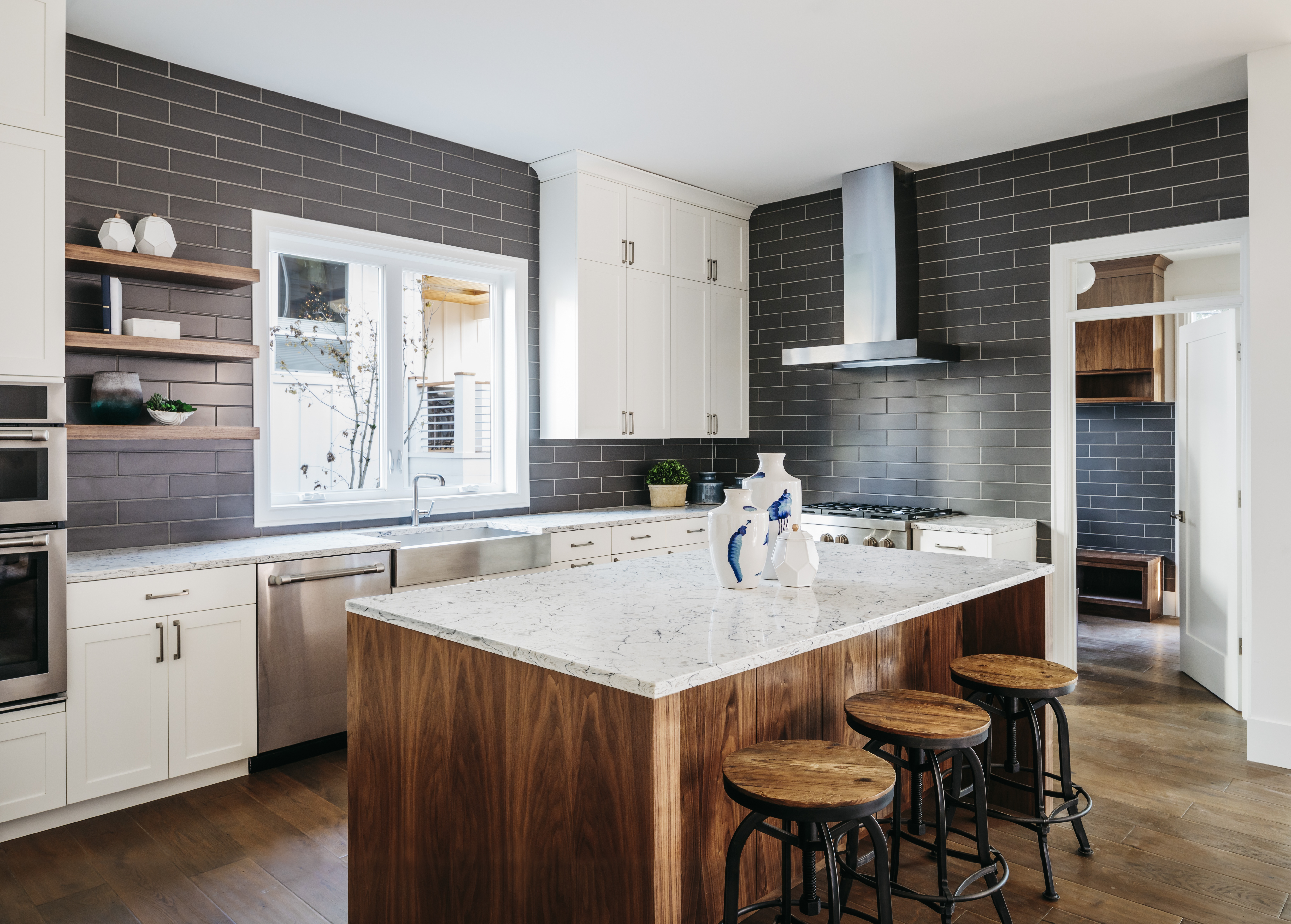 Semi Custom Kitchen Cabinets: Bay Cities Construction